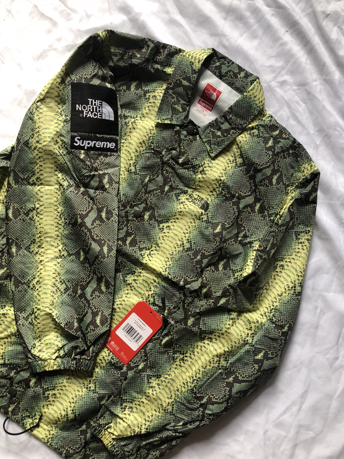 f4b7419304 Supreme Supreme TNF Snakeskin Taped Seam Coaches Jacket Size Large Size l -  Light Jackets for Sale - Grailed