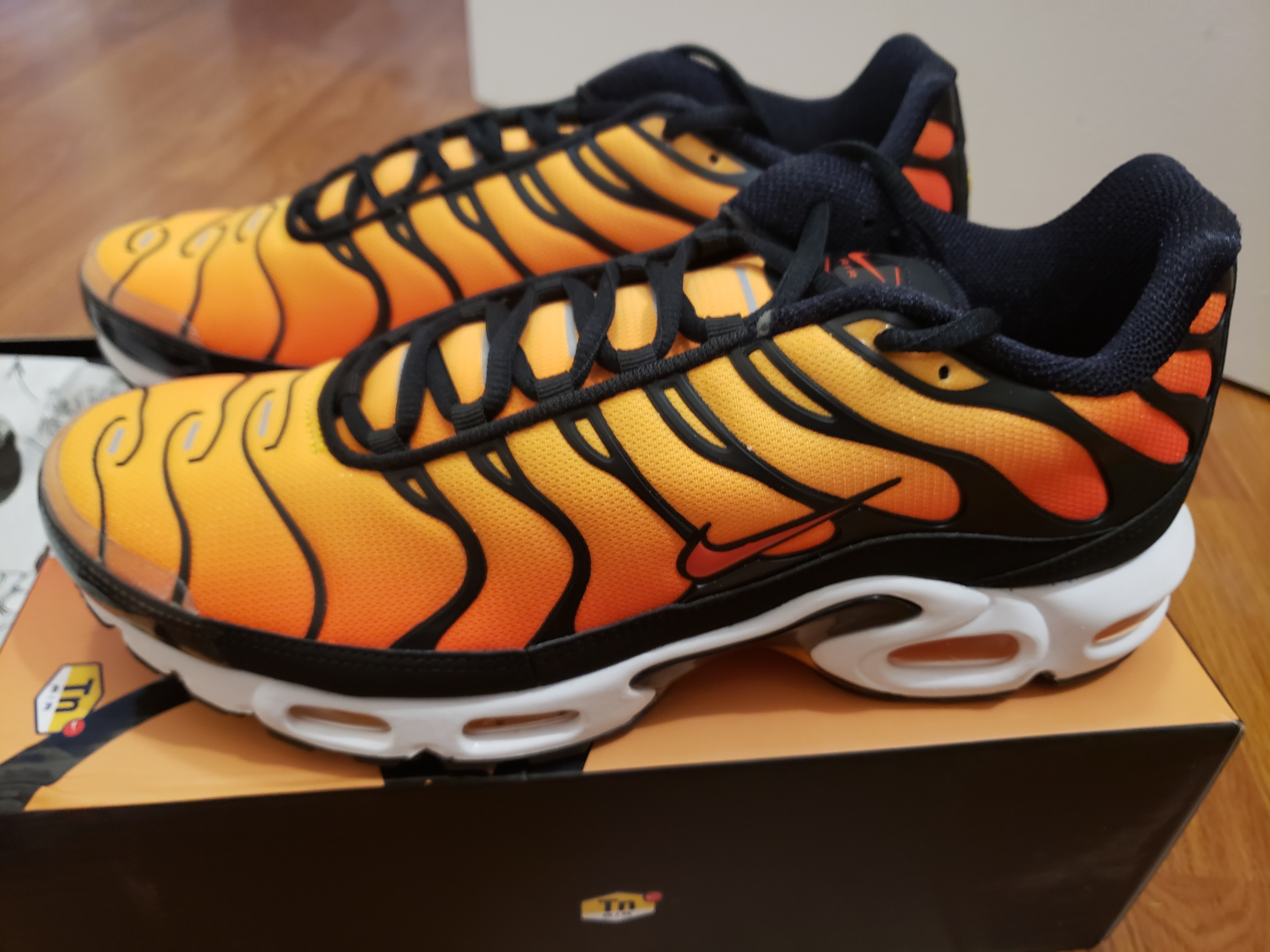 897c006f3a Nike ×. Air Max Plus TN OG Pimento Sunset. Size: US 11 ...