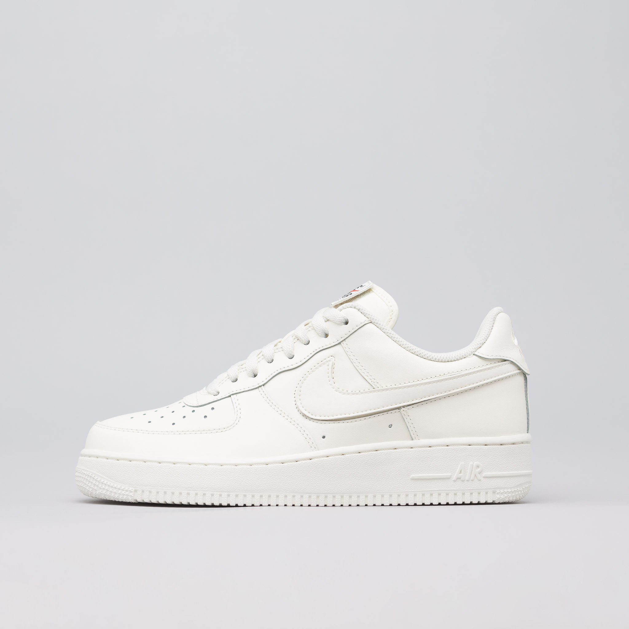 ba1cdacdfe21 Nike Sail Nike Interchangeable Swoosh Pack Air Force 1 QS Size 10 ...