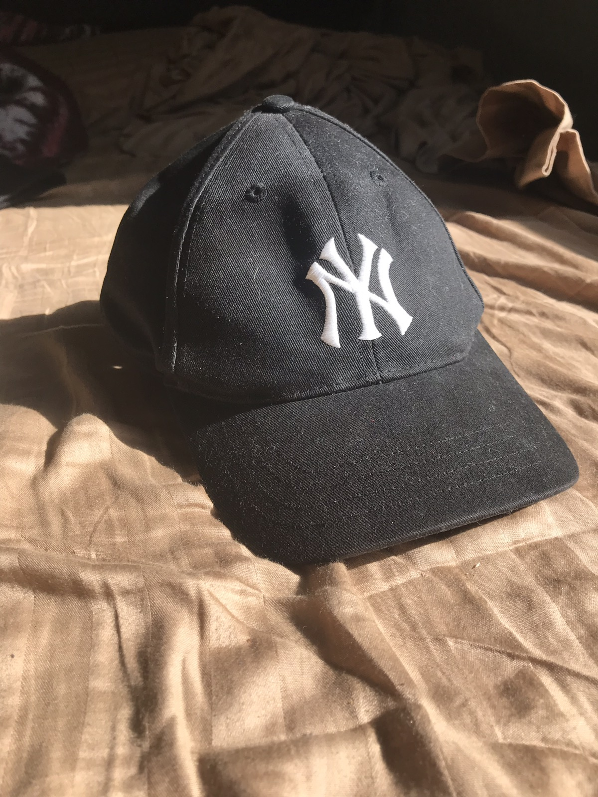 6516d1c519e Mlb Vintage NY Yankees Classic Logo Hat Size one size - Hats for Sale -  Grailed
