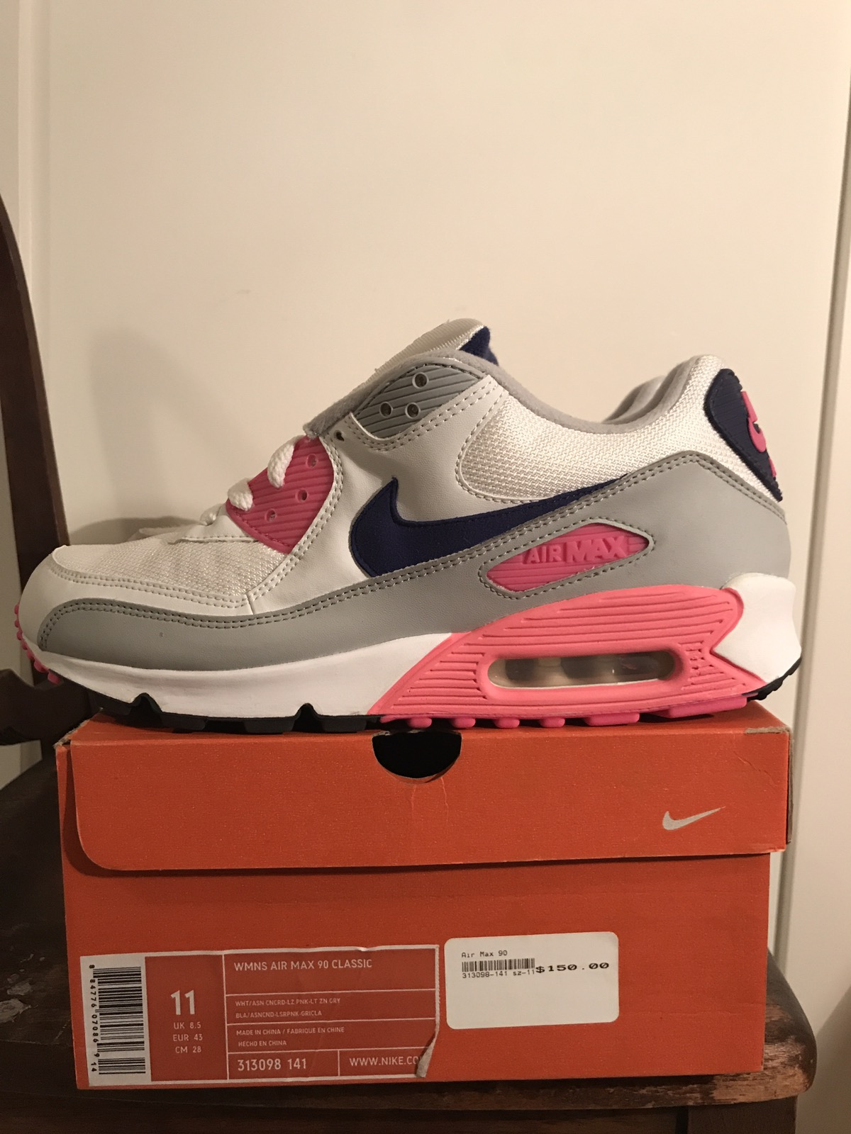 new style cea6c 319d9 Nike Air Max 90 OG WOMENS CW Size 9.5 - Low-Top Sneakers for Sale - Grailed
