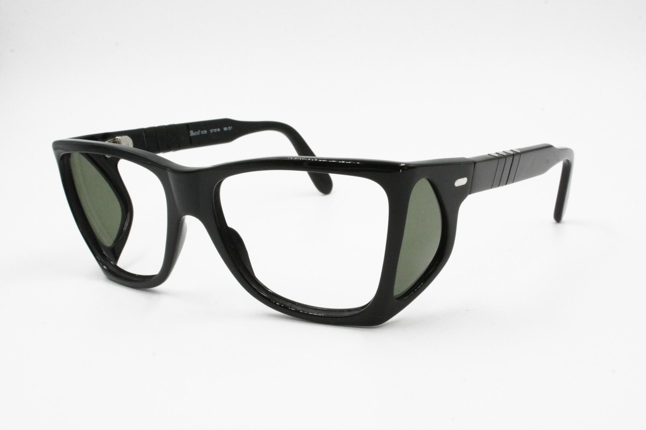 c1f931cb72 Persol PERSOL 009 95 31 Vintage sunglasses frame four lenses black color