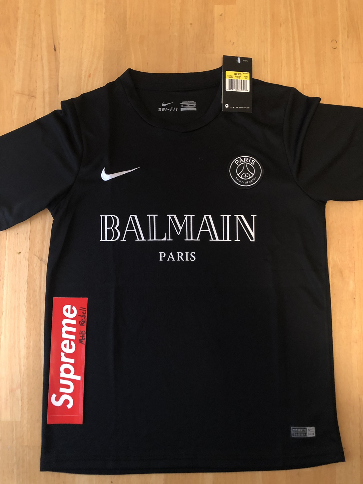on sale f30c5 05d02 Nike Paris Saint Germain x Balmain Jersey