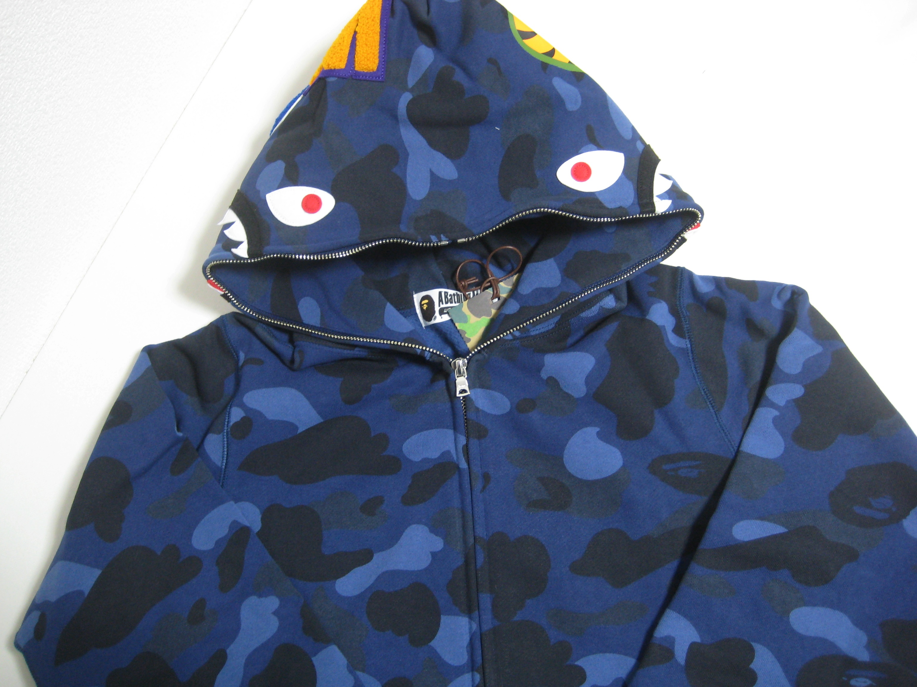 4e8da3478535 Bape A BATHING APE COLOR CAMO SHARK FULL ZIP HOODIE navy L 18ss bape made in  Japan Size l - Sweatshirts   Hoodies for Sale - Grailed