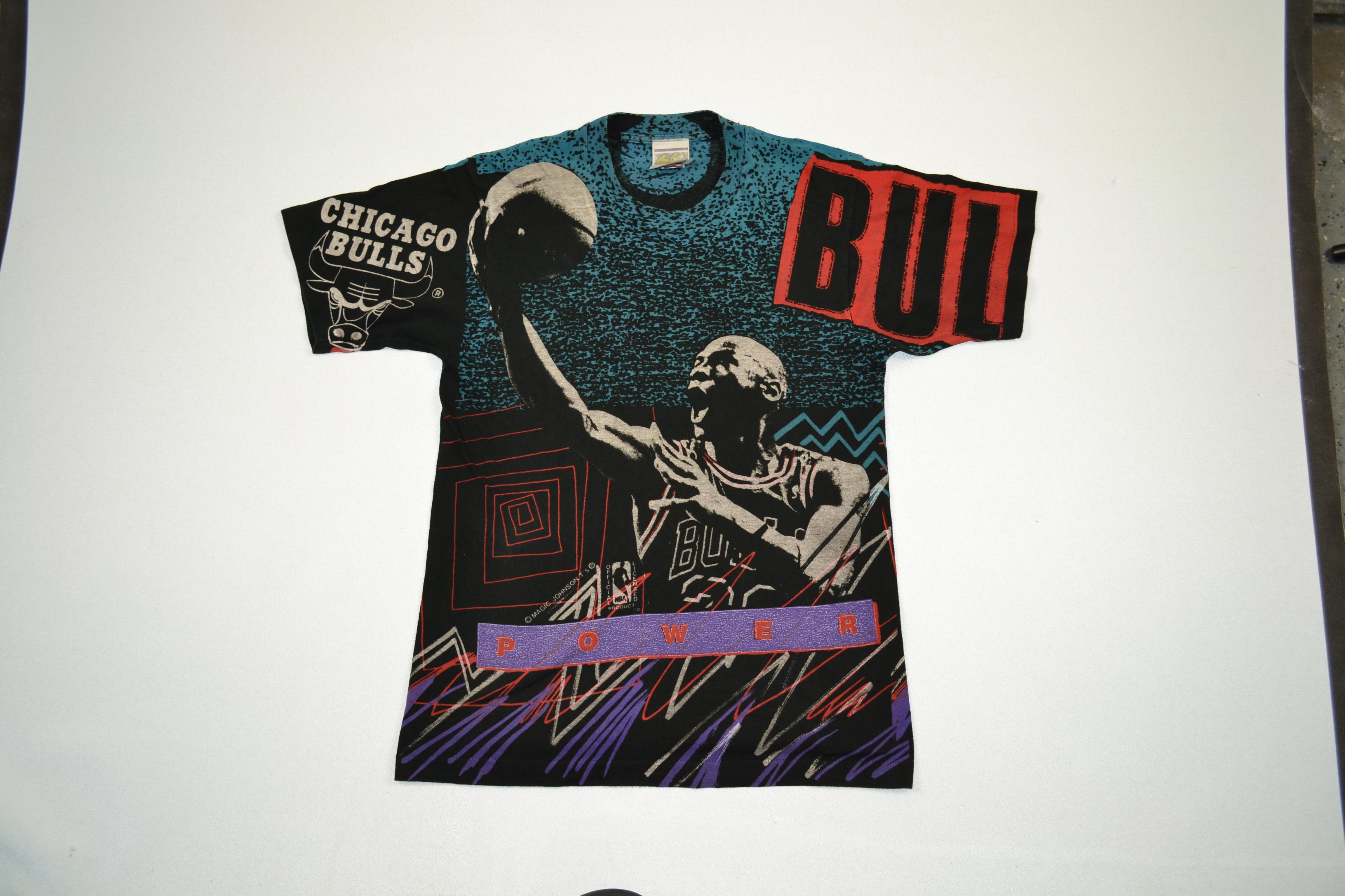 f7c2e48598bcfa Magic Johnson ×. VTG Michael Jordan All Over Print Magic Johnson Chicago  Bulls Tee Vintage T Shirt 80s 90s NBA Basketball ...