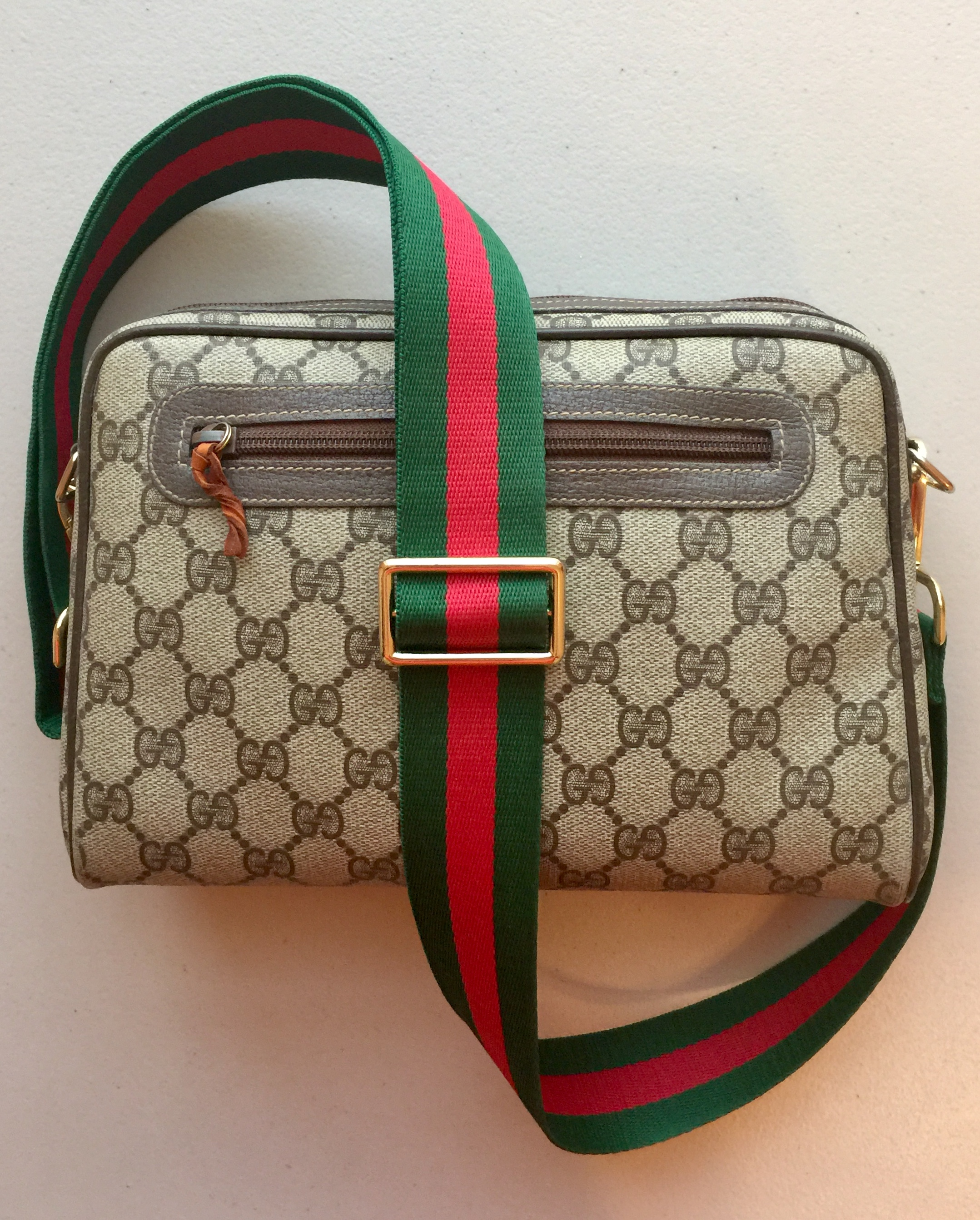 31475926d0a Gucci Brown Gg Monogram Canvas Small Side Sling Crossbody Bag On ...