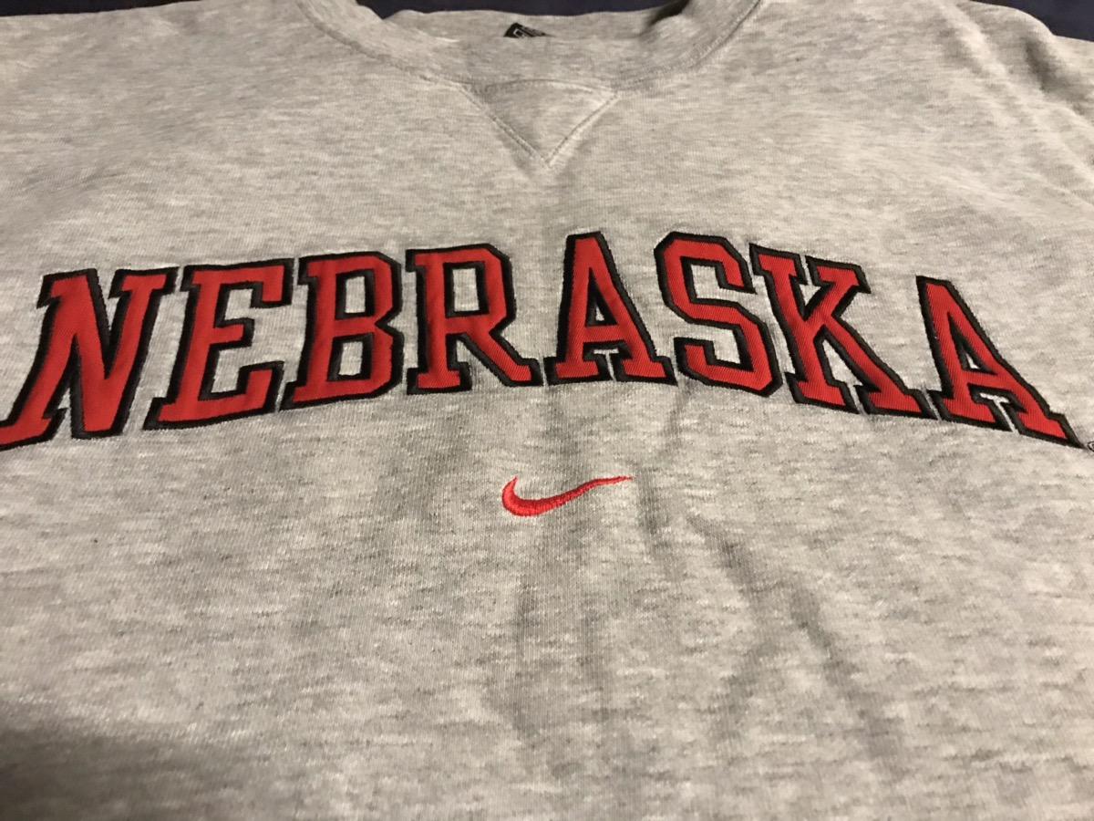 mediodía Murciélago Constitución  Nike Embroidered Nike Nebraska Sweatshirt | Grailed