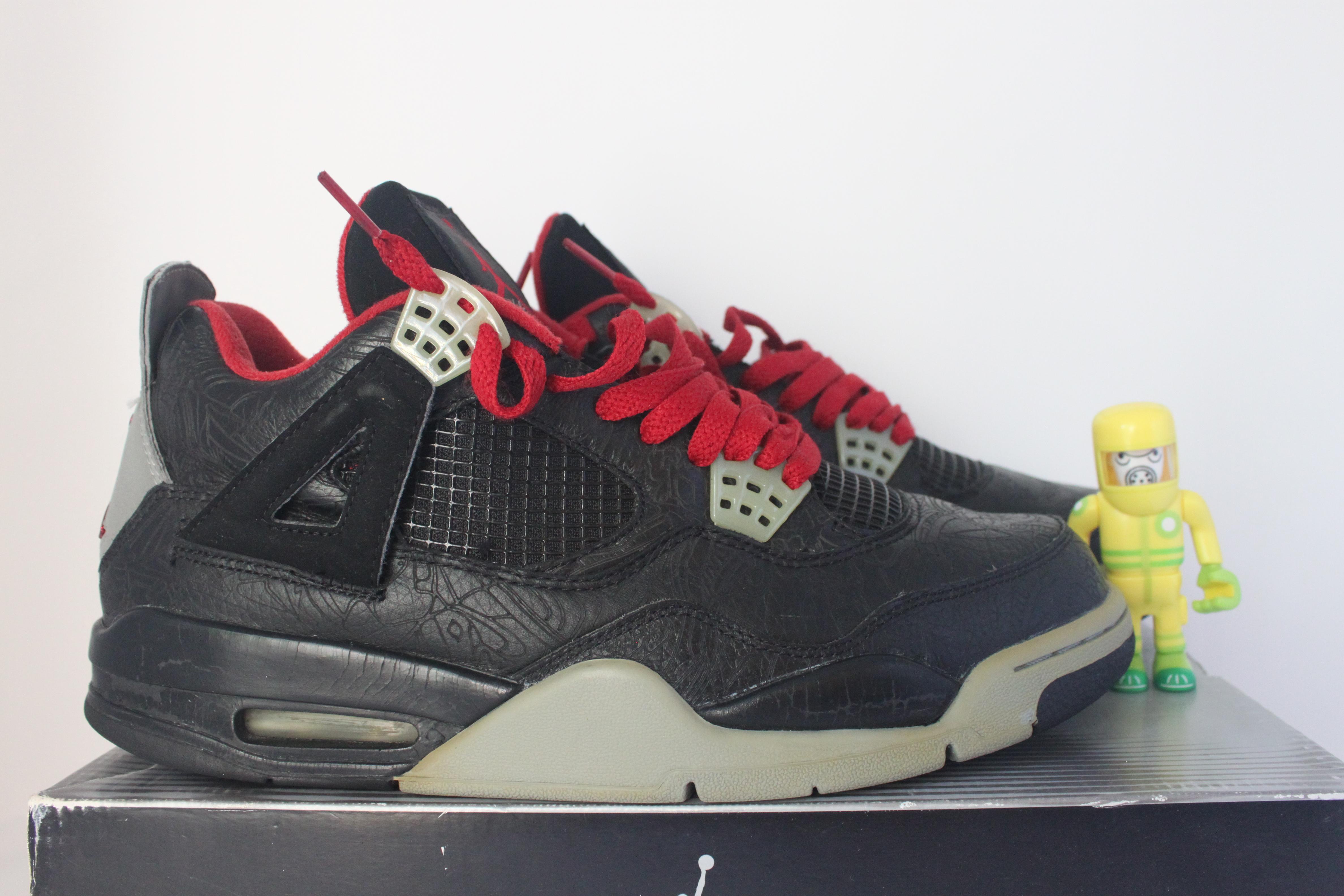 20a2e9d9ec3925 Jordan Brand. Air Jordan 4 Retro Laser Black SZ 10.5 rare iv fire red bred  312255-061