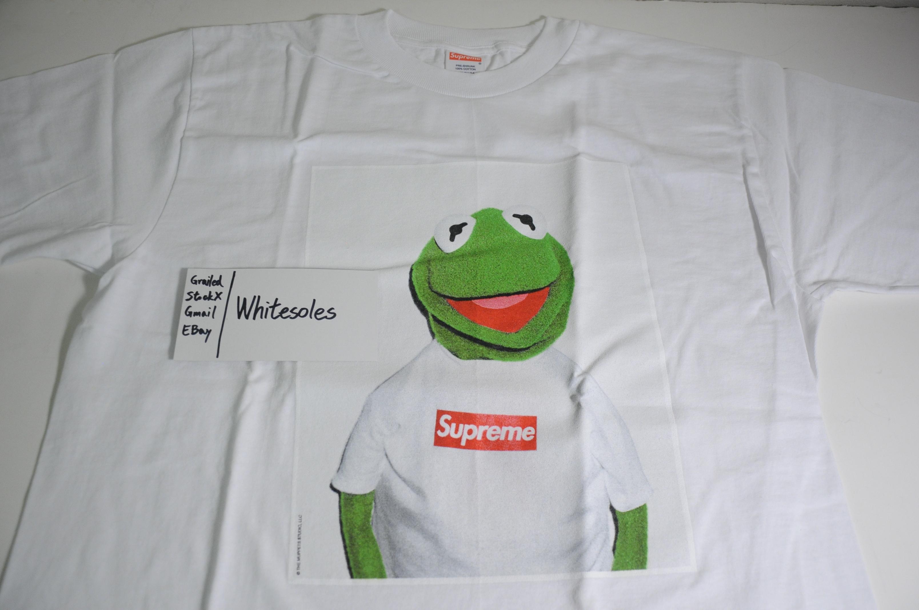714bd3049d83 Supreme Supreme Kermit Tee Large   Medicom Kermit Toy Figure