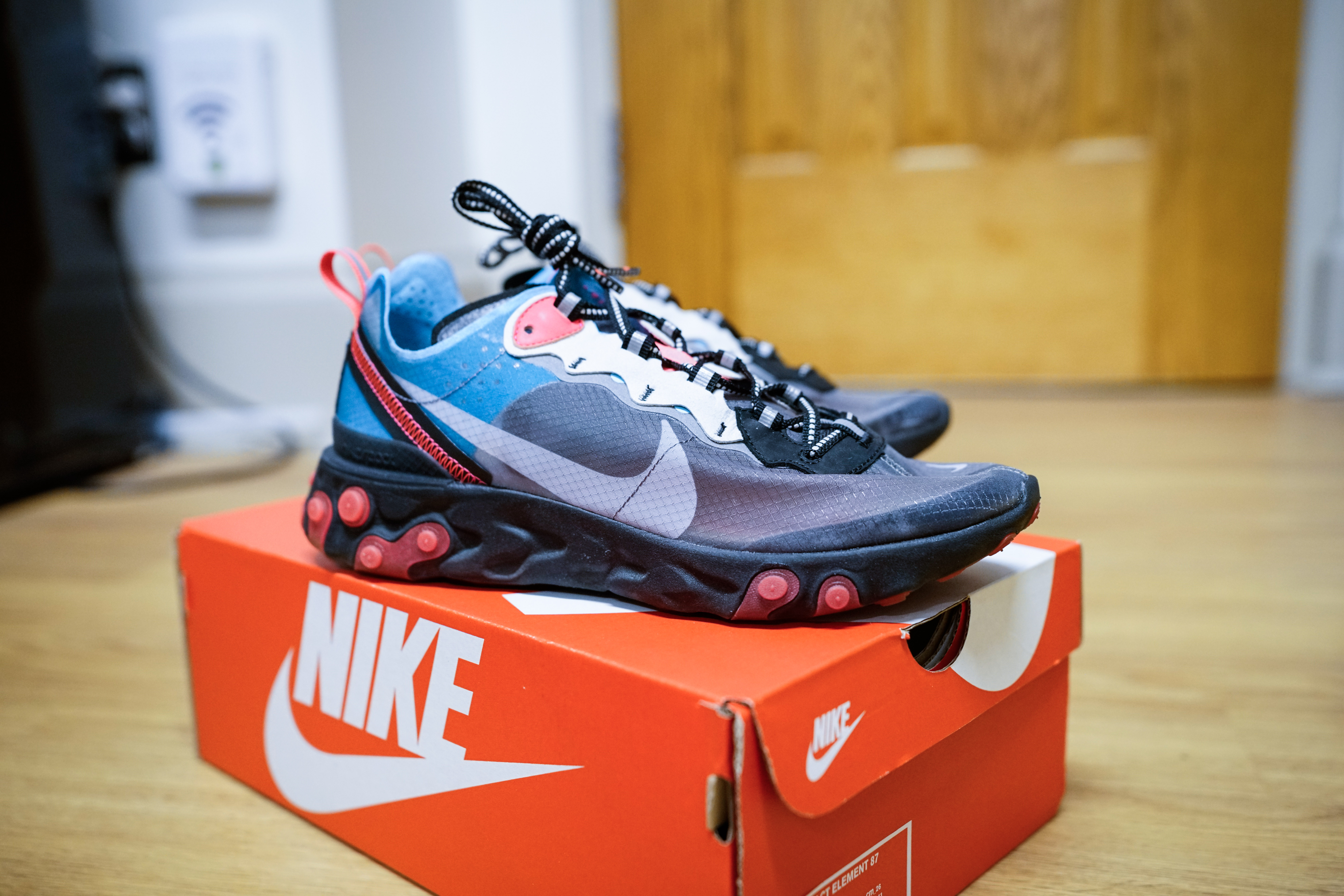 298f2944149ef Nike Nike React Element 87 Blue Chill Solar Red Size 8 - Low-Top Sneakers  for Sale - Grailed