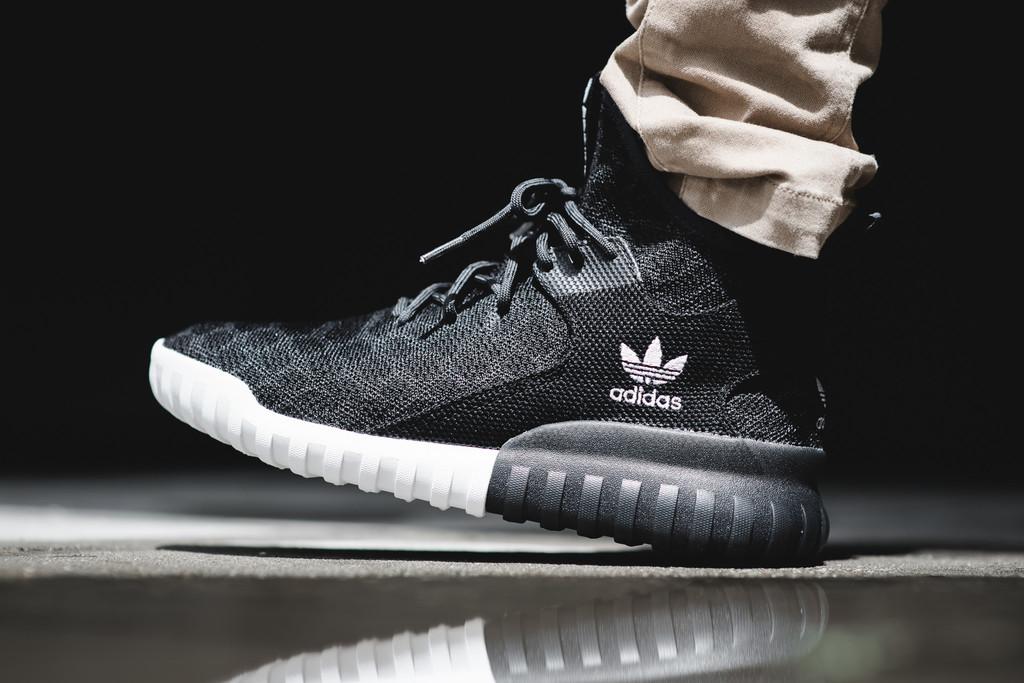 Men's Adidas Tubular x Primeknit Size 9.5