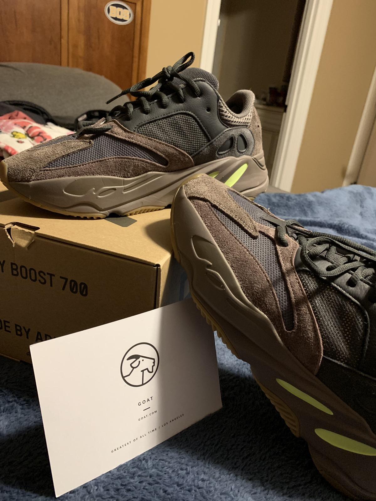 "sports shoes 25c86 2cf37 Adidas Yeezy 700 ""Mauve"""