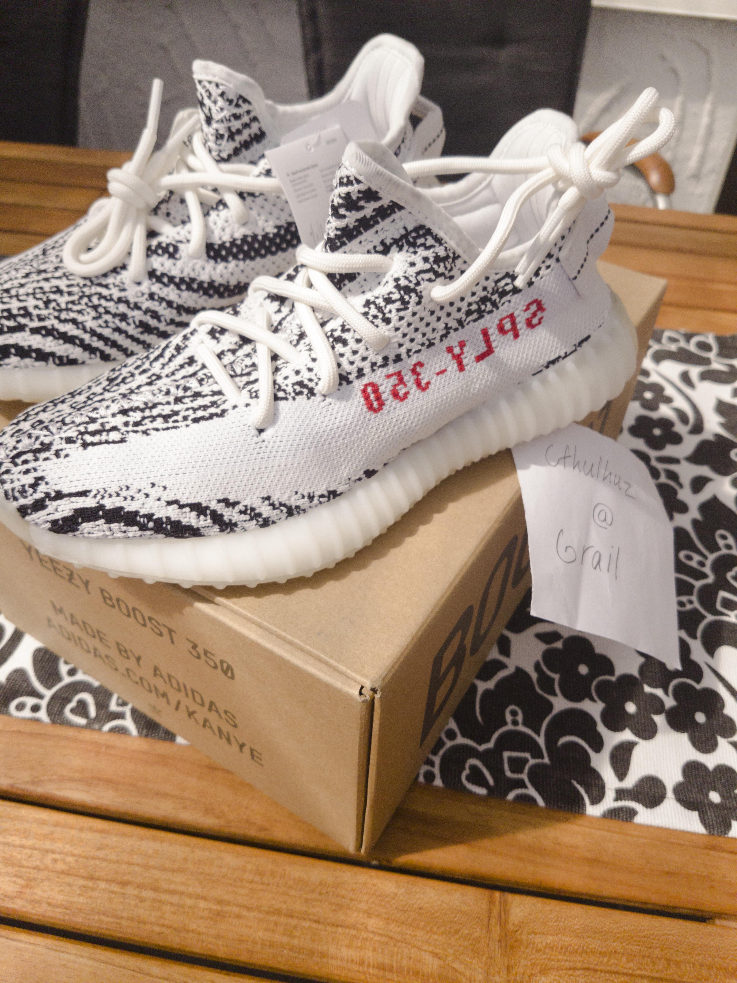 c979e4f8e Adidas × Kanye West. US 5    EU 37 1 3